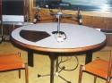 Diskusny Stol